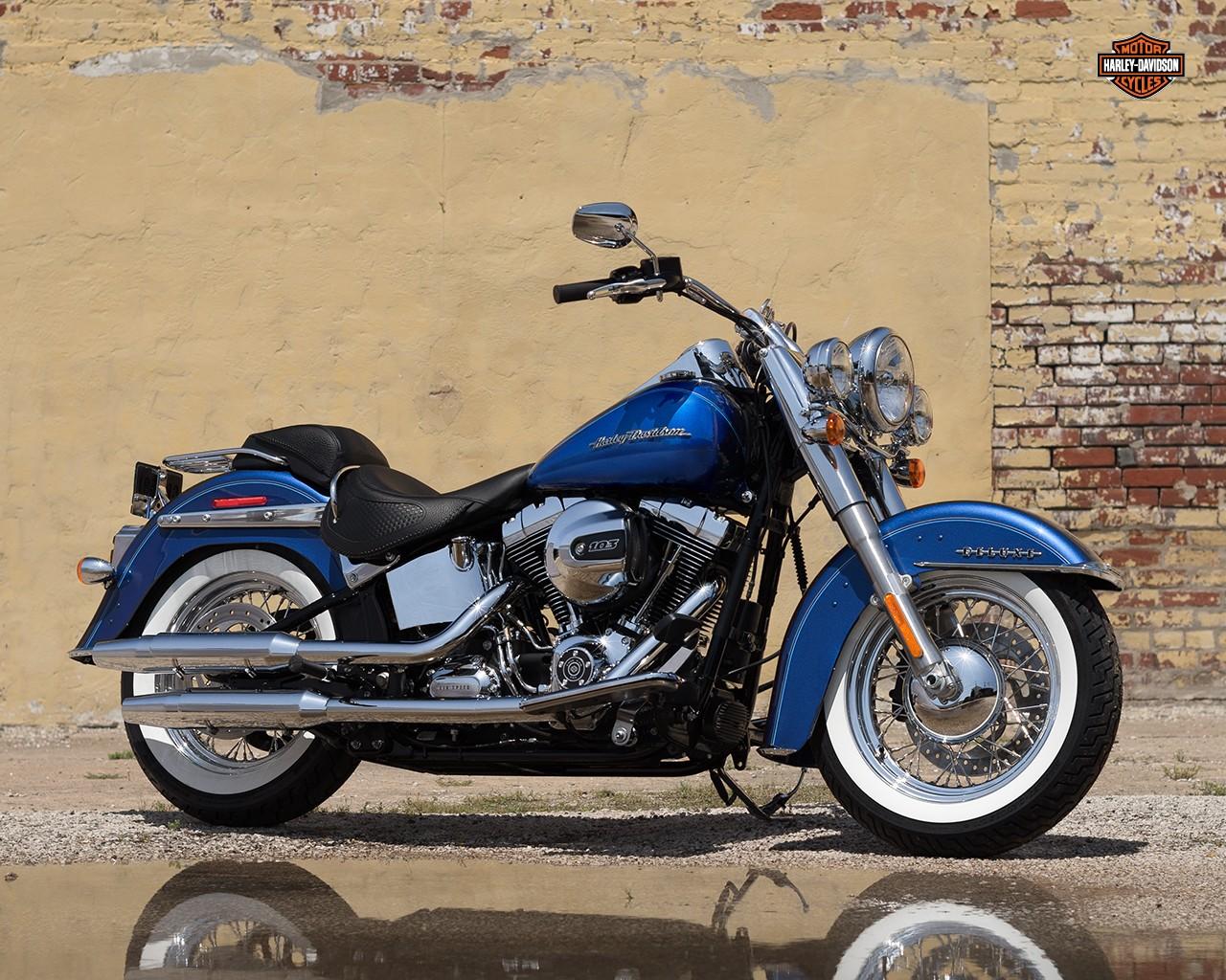 Harley-Davidson FLSTN Softail Deluxe ABS